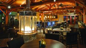 mc-indulge-a-true-blue-experience-fine-food-ample-atmosphere